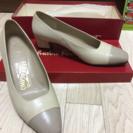 フェラガモ 靴 レディース 23.5