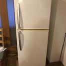 パールホワイトの冷蔵庫(2013年式)