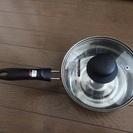 柄(え)付きの小さな鍋