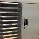 レターケースと扉書庫一体のコンパクトキャビ