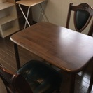 二人掛け用小さいテーブル