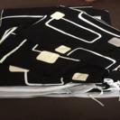 ダブルサイズ布団カバーと枕カバー2つ