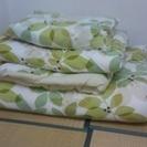 シングル掛け布団 敷布団、枕セット (カバー付き)