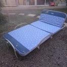 介護用シングルベッド(折り畳み式)