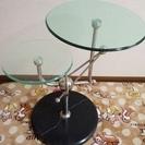 円形ガラステーブル