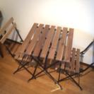 IKEA、テーブル&チェア2脚 屋外用(TARNO)