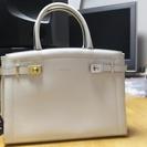 サマンサタバサの白のハンドバッグ(見ため綺麗な中古)