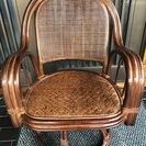 陶製回転椅子