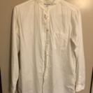 UNIQLO 白シャツ
