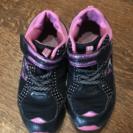 子供 ✳︎女子 ✳︎運動靴 ✳︎中古✳︎