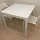 IKEAのダイニングテーブル 美品です!