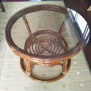 ラタン藤ガラステーブル