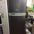 2011年製 冷蔵庫5000円で売ります!
