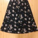 ピンクのお花のスカート