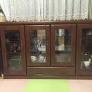 サイドボード 食器棚 飾り棚