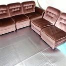 【あま市自宅に来られる方歓迎】ベロア生地(赤系ワイン)の5人掛けソファー