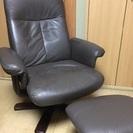 本革椅子 黒