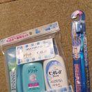 お泊まり便利セット と スパイラル歯ブラシ