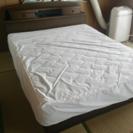 アメリカクイーンサイズベッド