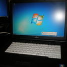 ノートパソコン FUJITSU FMV-A8270 Windows7