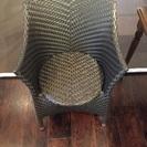 【美品】(※値下げ)編み込み型黒椅子