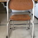 学校の椅子無料でお譲りします!