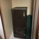 小型2ドア冷蔵庫