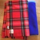 敷布団1、掛布団1、毛布2枚差し上げます