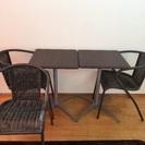本日、明日限定 可愛いカフェ風テーブル&チェア3脚セット