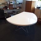 使い方自由自在の変形ダイニングテーブル