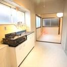 なんば、堀江直ぐ。昭和レトロに住む。都会の隠れ家、共同シャワーリビ...