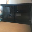 木製テレビ台 扉はガラス製