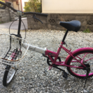 すごく錆びてるけれど、走行可能な折りたたみ自転車