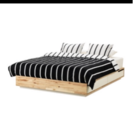 IKEAダブルベッドフレーム MANDAL