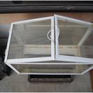 イケア ミニ ガラス 温室、植物の種か苗、鉢のどれかと交換でお願い...