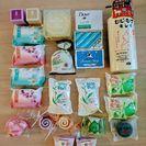 色々な石鹸詰め合わせ(22個)&馬油スクラブジェル