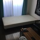 綺麗なシングルベッド!