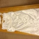 赤ちゃん用 ベビードレス・祝着(白)帽子と襟巻もつきます。