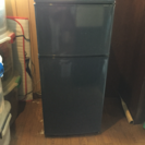 一人暮らし用 冷蔵庫 (冷凍庫付き)