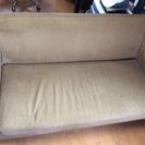 座面の広いソファー