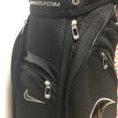 ナイキのゴルフバッグ