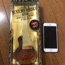 サントリーウイスキーローヤル エレキギター型