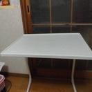 コンビニエンステーブル
