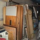 ガラス引き戸 戸板引き戸 木枠網戸あげます