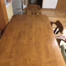 4人用ダイニングテーブルです