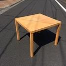 無印良品の正方形テーブル(無料)