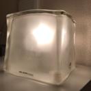キューブ型ライト