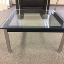 ル・コルビュジエ ガラステーブル