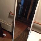 鏡  壁掛けが主な用途