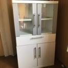 小さめ食器棚